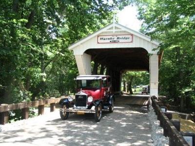 On tour at the Warnke Bridge