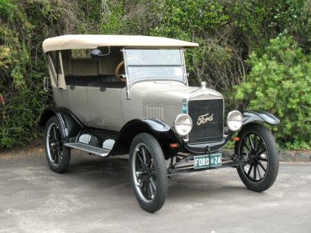 1924 Tourer owned by Alan Bennett of South Australia