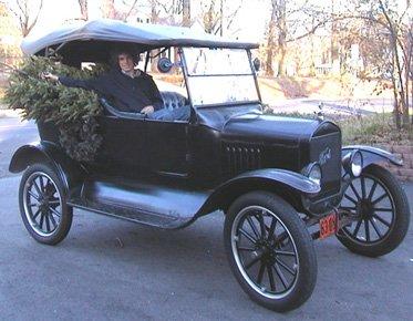 1924 Model T Tourer and Christmas Tree