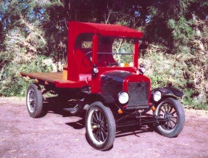 1923 Model TT Ford Flatbed truck