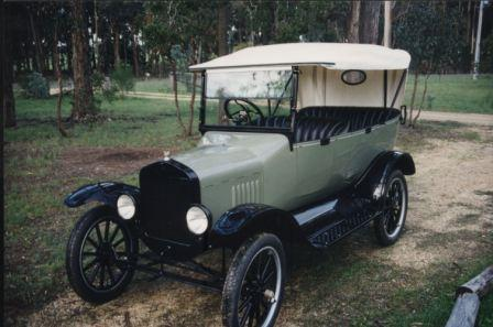 1923 Owned by G & J Baulch, Haddon Victoria