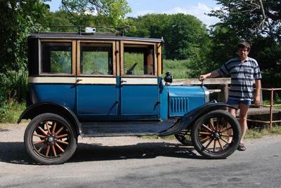 Ford T 1921 Custom Fordor