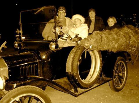 Model T Ford Christmas in California